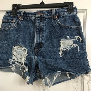 High Waisted Levi's 550 Jean Shorts